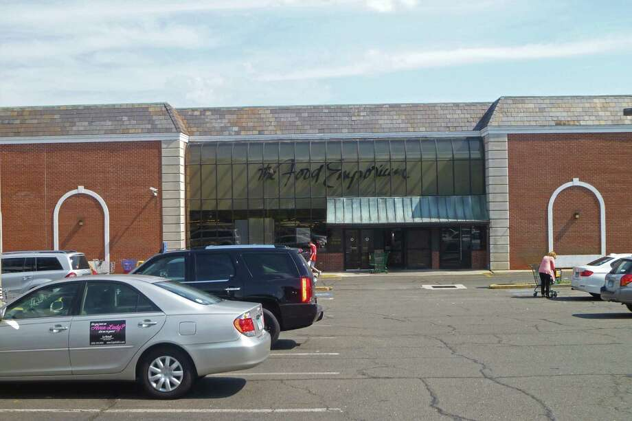 The Food Emporium supermarket at 280 Elm St. in New Canaan is being sold to ACME Markets as part of a Chapter 11 bankruptcy filing by A&P, the store's current owner. ACME said they are looking to convert the store into an ACME grocery, but couldn't provide specifics about planned changes. Photo: Martin Cassidy / Hearst Connecticut Media / Darien News