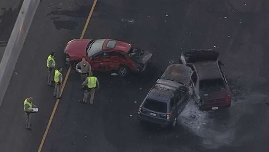 Aerial view of a fatal car accident on I-880 in Oakland July 28, 2015. Photo: CBS San Francisco