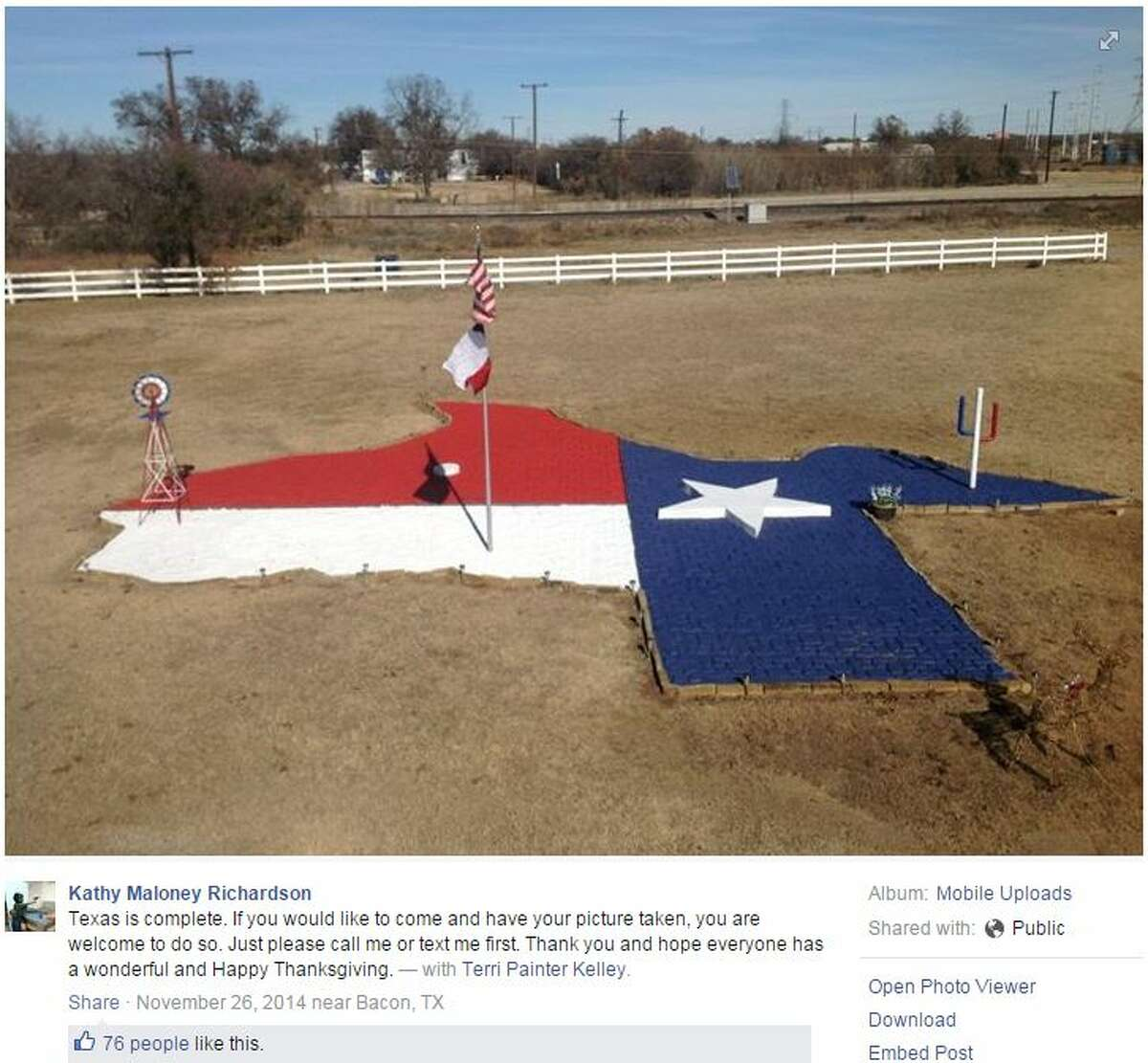 Tim Flick Maloney shared a photo of his sister, Kathy Maloney Richardson's, head-turning yard with a Texas Facebook page.