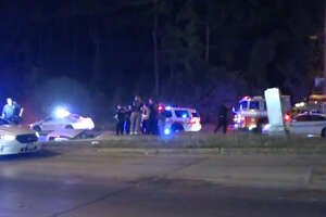 Early-morning wreck leaves man dead in ditch - Photo