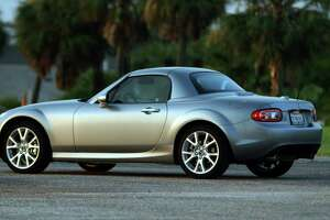 Mazda's affordable, plucky Miata launched a sports car renaissance - Photo