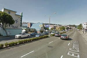 Dead body probe on Lombard Street in S.F. - Photo
