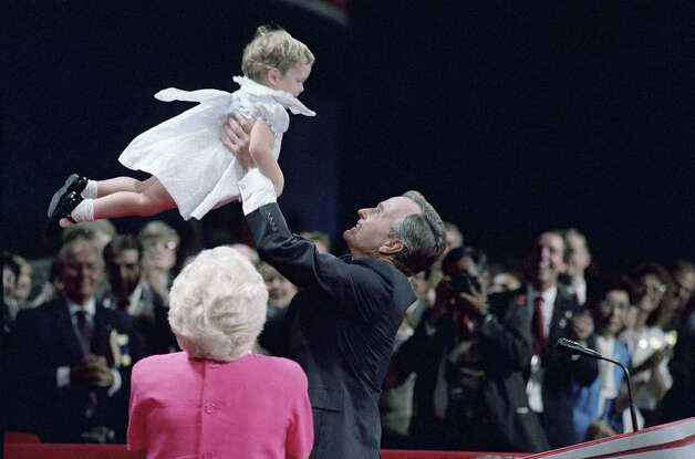 George H W Bush 1988 family at RNC convention. Photo: Mark Duncan, Associated Press / AP