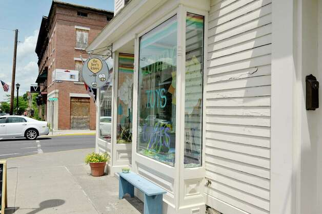 A view of the outside of The Bee's Knees store on Warren St. on Warren St. on Thursday, June 25, 2015, in Hudson, N.Y.   (Paul Buckowski / Times Union) Photo: PAUL BUCKOWSKI / 00032353A
