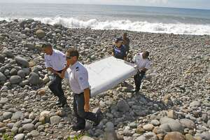 Man describes find that could solve MH370 plane mystery - Photo