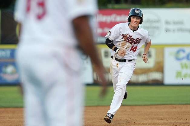 ValleyCats' Bobby Wernes, right, heads for third during their baseball game against the Black Bears on Thursday, July 30, 2015, at the Joe Bruno Stadium in Troy, N.Y. (Cindy Schultz / Times Union) Photo: Cindy Schultz / 00032766A