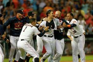 Castro's walkoff three-run homer in ninth inning powers Astros to sweep of Angels - Photo