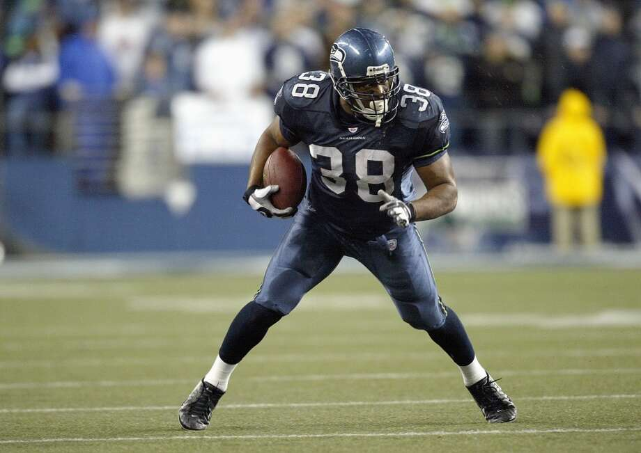 Mack StrongPosition: FullbackStrong played all 14 of his NFL seasons with the Seahawks and if he was able to return for the 2017 season he'd easily end the game of musical chairs that Seattle is playing at fullback, and bring the team a huge step closer to reestablishing their run-first identity. He'd essentially be a sixth offensive line -- and probably the best one, too. Photo: Otto Greule Jr, Getty Images