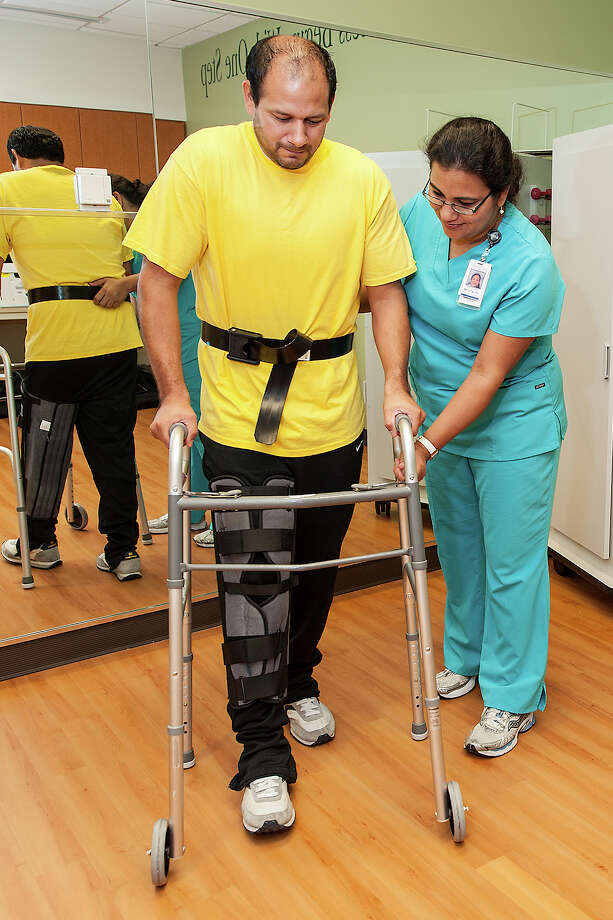 A patient receives assistance at the Memorial Hermann Joint Center - Sugar Land.
