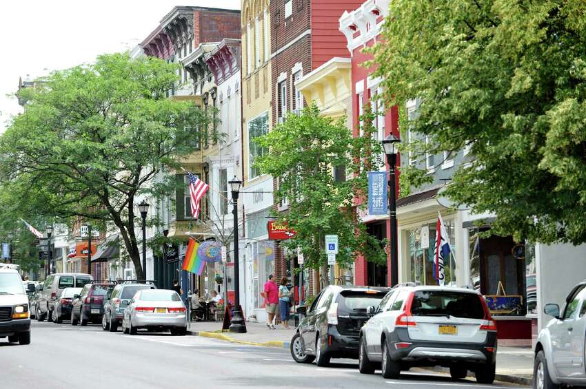 What's there to do in Hudson, NY? Keep clicking to find out what to do, eat and see in this town.