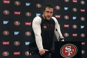 49ers' Staley, Davis glad to leave 2014 woes behind - Photo