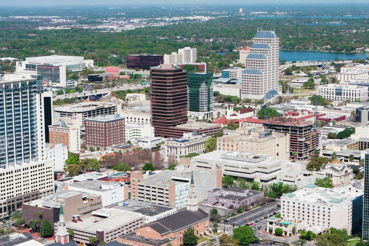 3. Orlando, Florida Women's income as a percentage of men's: 113.3% 2013 median income for all workers: $27,556.00