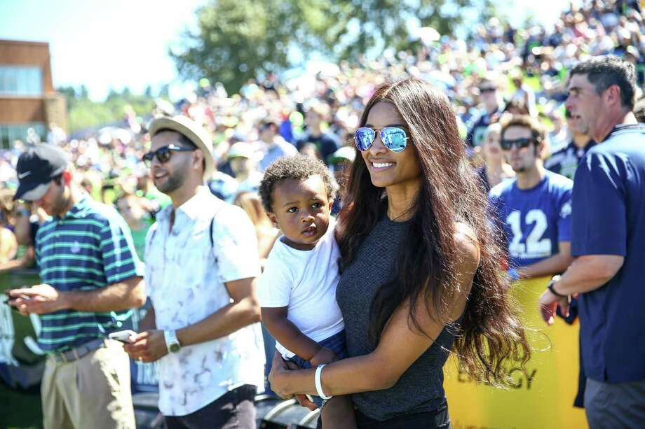 Ciaras Son Future Zahir Wilburn: Ciara, Russell Wilson Pose For Nearly Naked Family Photo