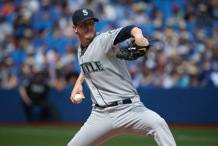 The Mariners traded Lowe (0-1, 1.00 ERA) to the Pittsburgh Pirates on Friday in exchange for three pitching prospects. Lowe had the second lowest ERA of any reliever in the American League. (Photo by Tom Szczerbowski/Getty Images) Photo: Tom Szczerbowski, Getty Images