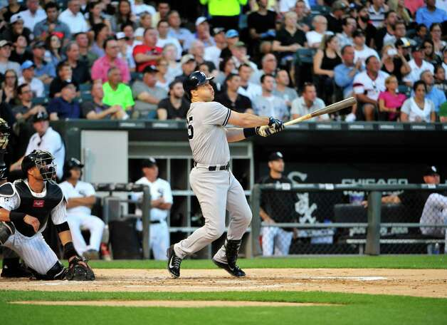 CHICAGO, IL - JULY 31: Mark Teixeira #25 of the New York Yankees hits a grand slam home run against the Chicago White Sox during the second inning on July 31, 2015 at U.S. Cellular Field in Chicago, Illinois. (Photo by David Banks/Getty Images) ORG XMIT: 538587723 Photo: David Banks / 2015 Getty Images