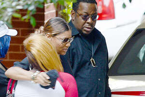 Celebrities, friends, and family attend Bobbie Kristina's wake - Photo