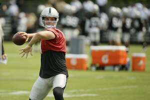 Raiders' Derek Carr eager to lead way forward - Photo