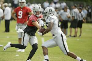 With pads on, Raiders ready to hit each other - Photo