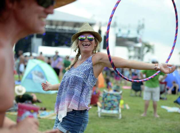 Scenes via day three of the 20th annual Gathering in the Vibes audio festival Saturday, Aug. 1, 2015 from Seaside Park inside Bridgeport, Conn. 1, 2015 at Seaside Park throughout Bridgeport, Conn. Photo: Autumn Driscoll / Hearst Connecticut Media / Connecticut Submit freelance