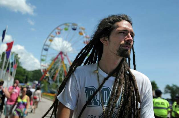 Scenes via day 3 with the 20th annual Gathering of the Vibes songs festival Saturday, Aug. 1, 2015 from Seaside Park in Bridgeport, Conn.<br><br>Photo: Autumn Driscoll / Hearst Connecticut Media<br><br>Scenes via day 3 of the 20th annual Gathering of the Vibes music festival Saturday, Aug. Photo: Autumn Driscoll / Hearst Connecticut Media / Connecticut post freelance