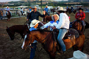 Italy's cowboys hone their skills - Photo