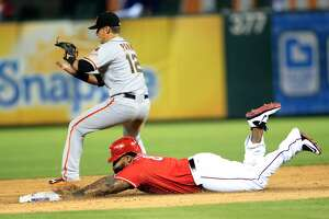 Giants Splash: Joe Panik shelved again with back stiffness - Photo