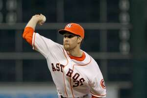 McHugh turns in solid start as Astros stay hot at home - Photo
