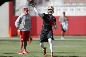 49ers practice at Levi's despite chunky field - Photo