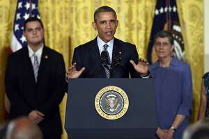 Obama promotes plan to slash greenhouse gas emissions - Photo