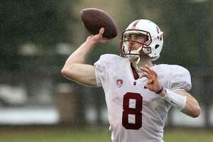 Hogan leads experienced Stanford offense - Photo
