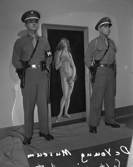 This painting by Botticelli warranted two armed guards at this 1948 show at the De Young Museum ... Photo: The Chronicle