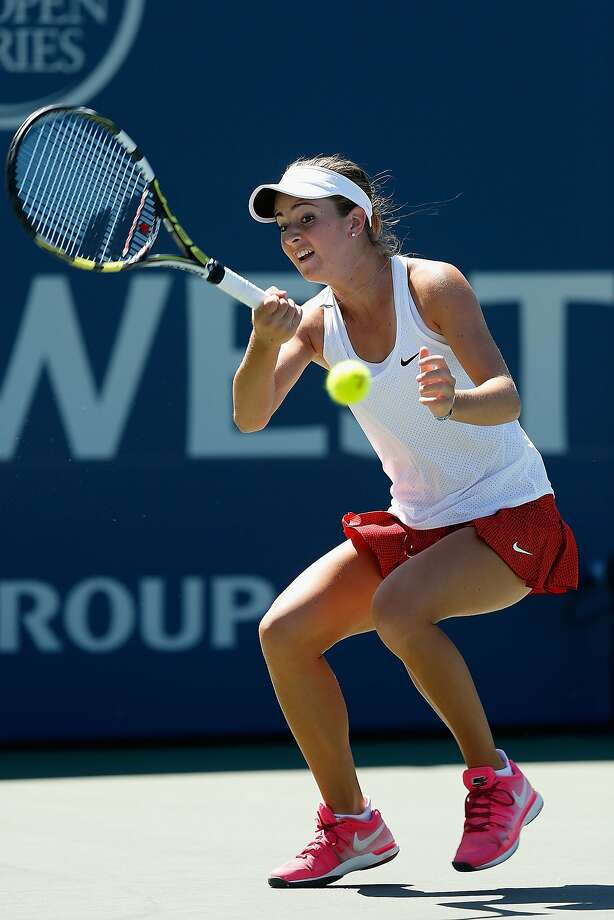 CiCi Bellis, 16, lost 6-3, 7-6 (3) to Misaki Doi of Japan in her opening match at the Bank of the West Classic on Monday at Stanford. Photo: Lachlan Cunningham, Getty Images