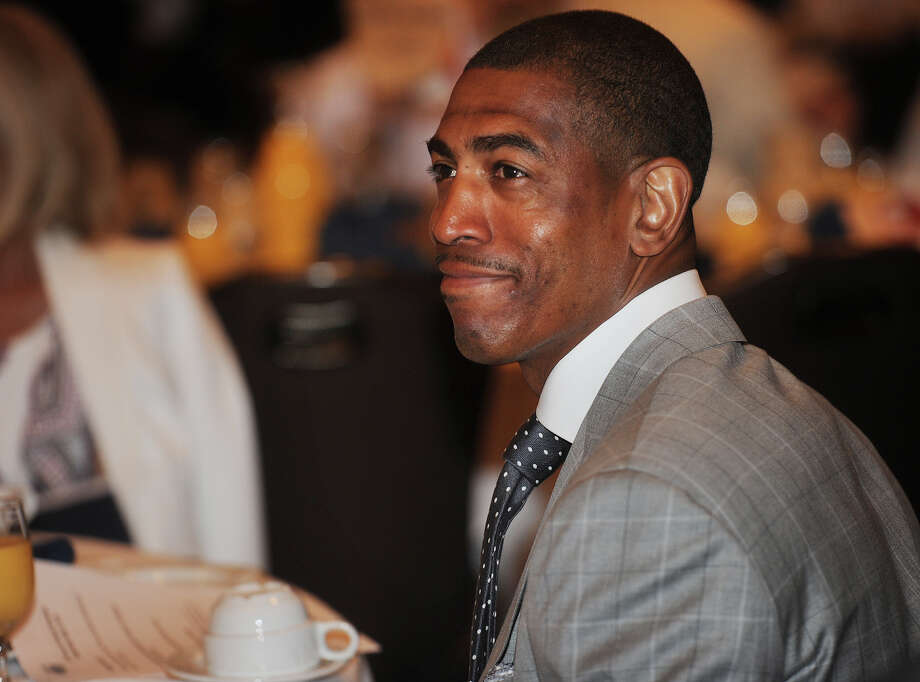 UCONN Men's basketball coach Kevin Ollie is introduced as the celebrity speaker at the annual St. Vincent's Swim Across the Sound benefit breakfast at the Holiday Inn in Bridgeport, Conn. on Wednesday, May 6, 2015. Photo: Brian A. Pounds / Brian A. Pounds / Connecticut Post