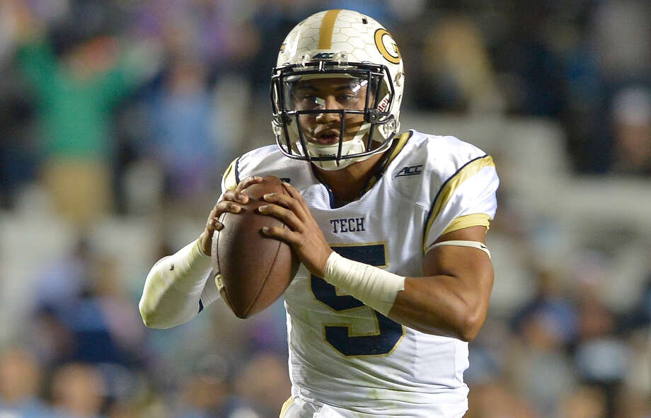 Justin Thomas of the Georgia Tech Yellow Jackets against the North Carolina Tar Heels during their game at Kenan Stadium on October 18, 2014 in Chapel Hill, North Carolina. North Carolina won 48-43. Photo: Grant Halverson / Getty Images / 2014 Grant Halverson