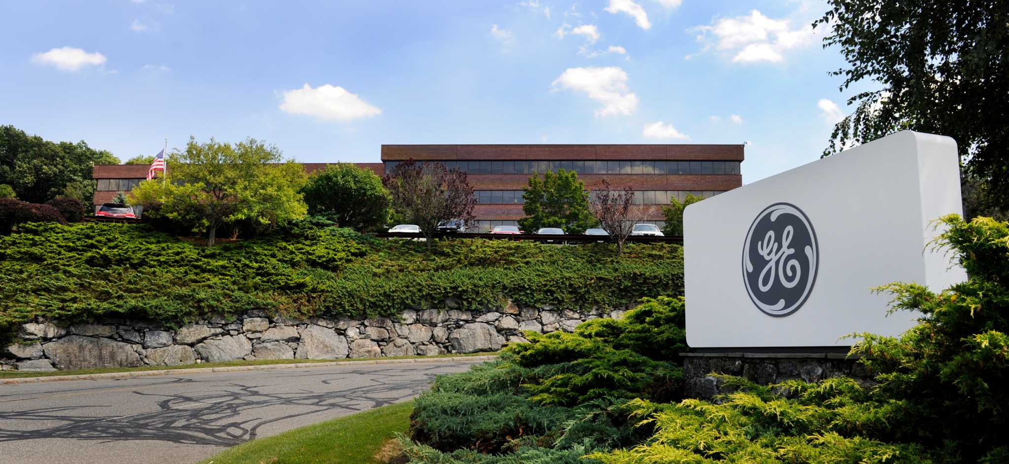 Praxair Buys Ge Building In Danbury For 20m Newstimes
