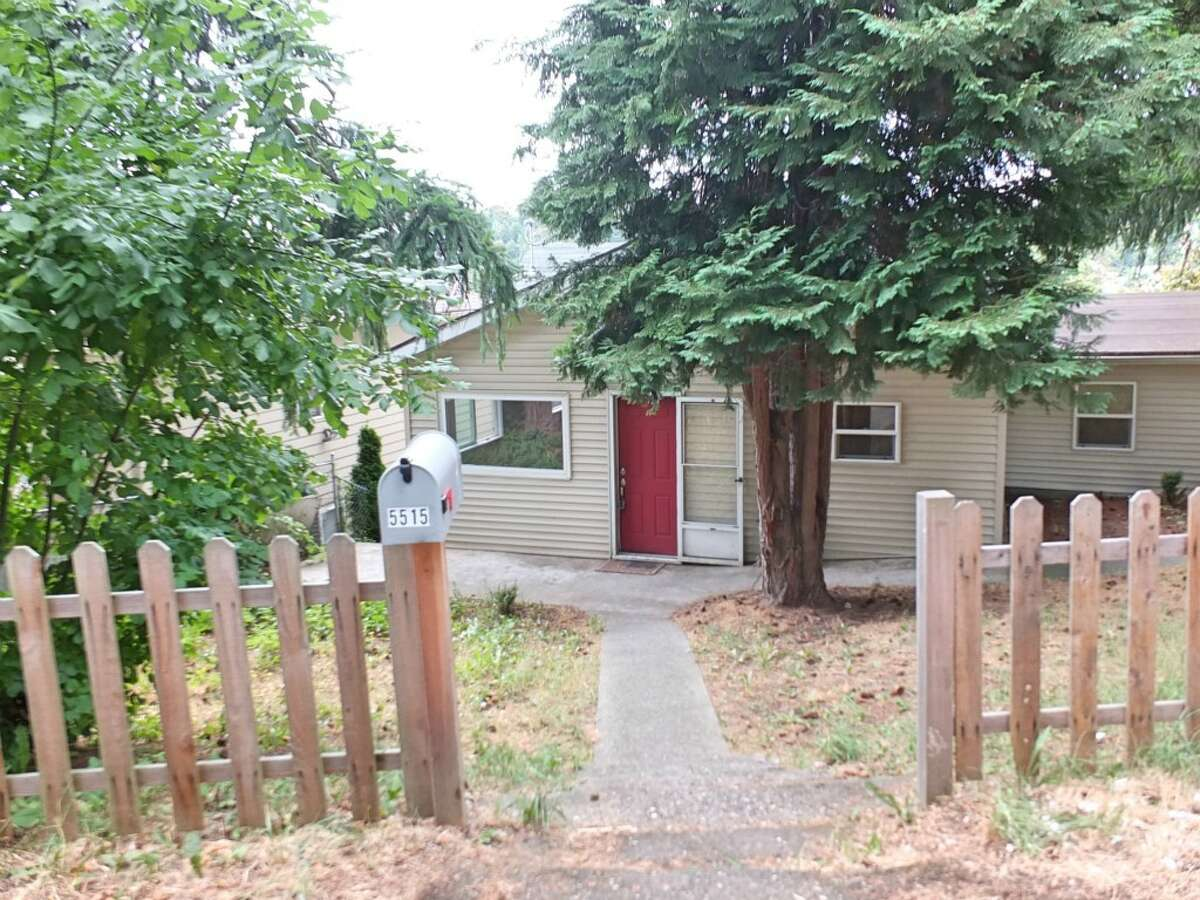 The first home, 5515 Renton Ave. S., is listed for$265,000. The three bedroom, one bathroom home is just blocks from Columbia City's main shopping area. The home includes a new roof, siding, windows and plumbing. You can view the full listing here.
