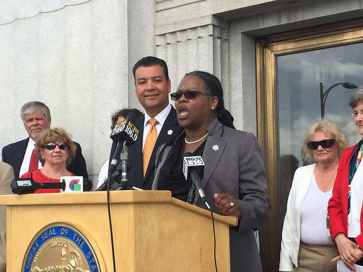 Alameda County Chief Probation Officer LaDonna Harris said nonviolent offenders have the right to vote. She spoke at a news conference outside the Alameda County courthouse in Oakland.