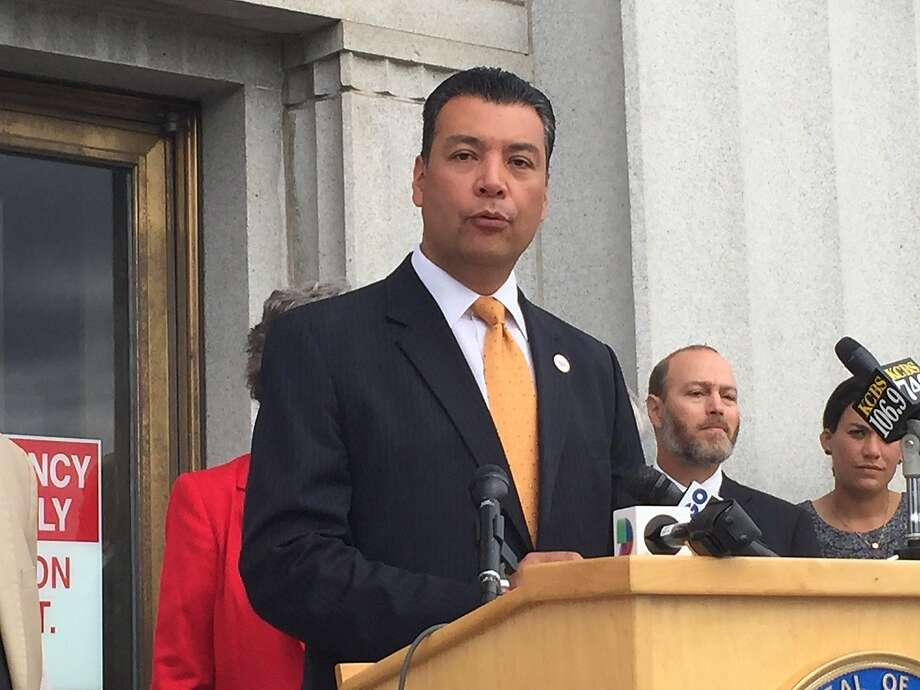 Secretary of State Alex Padilla announces that voting rights will be remain intact for people who were formerly incarcerated and served sentences for nonviolent felonies. Photo: Henry K. Lee