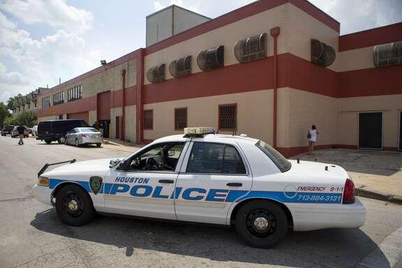 Agentes federales de ICE realizaron una redada alrededor de las 10 a.m. de este martes en la fábrica de tortillas La Espiga de Oro, en el 1200 de la 15th Street, cerca de  Shepherd.