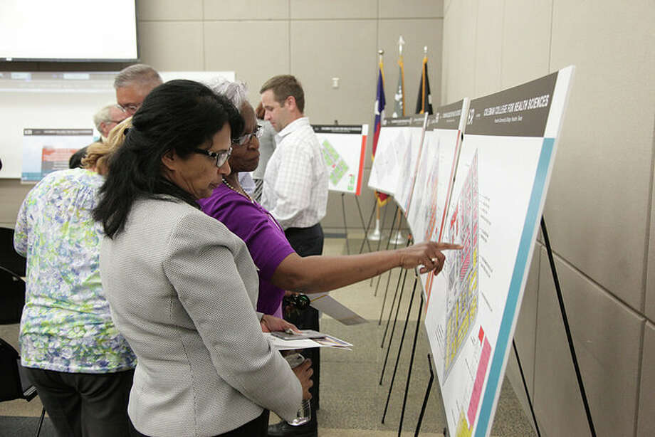 Community residents joined Houston Community College as the plans for the new Coleman Healthcare Educational Facility were unveiled during a town hall meeting July 15. Photo: Courtesy