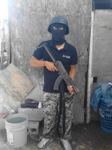 Gulf Cartel member's hand blown off in gun fight with
