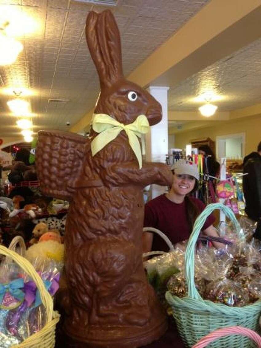Deborah Anne's Sweet Shoppe 381 Main St, Ridgefield, CT