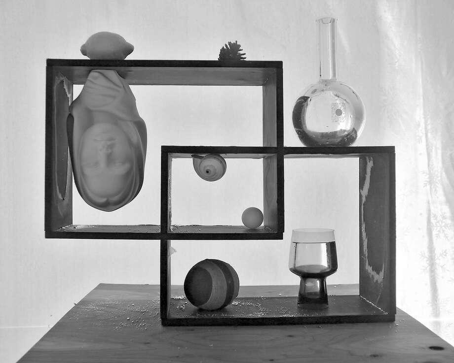 """A photograph of Alejandro Almanza Pereda's underwater still life """"Repisa"""" (2014), archival pigment on cotton paper.  Courtesy of Alejandro Almanza Pereda"""