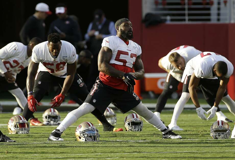 NaVorro Bowman was one of four 49ers inside linebackers healthy enough to practice. Photo: Jeff Chiu, Associated Press