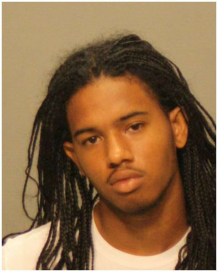 Stamford Academy student Shicquane Hackeem Narine, 19, was arrested for allegedly threatening a dean at the school. Photo: Contributed / Stamford Police / Stamford Advocate