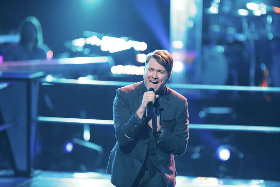 """Luke Wade comeptes in the battle round on """"The Voice"""" in 2014. Photo: NBC / 2014 NBCUniversal Media, LLC"""