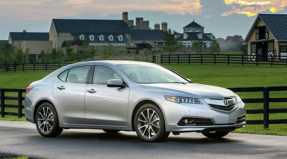 The 2015 TLX is lighter and more aerodynamic, thanks in part to LED headlights that according to Acura, use 41 percent less power than halogen headlights and should last about 10,000 hours – or five times longer than HID headlights. Photo: Acura / © 2014 American Honda Motor Co., Inc.