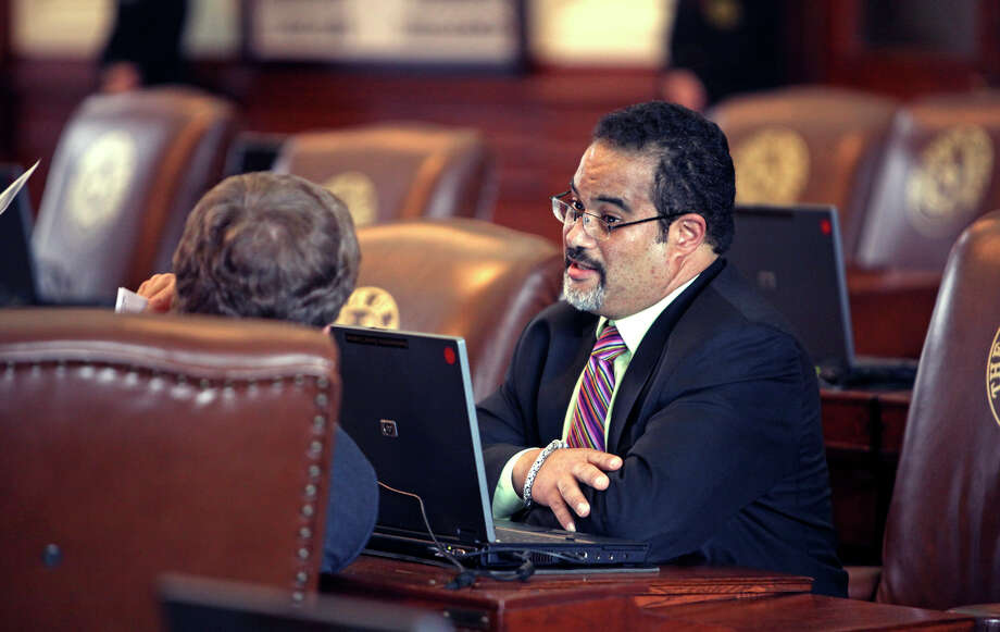"State Rep. Garnet Coleman, D-Houston, shown in 2009, says he won't apologize for his criticism of an Austin County deputy who pulled him over last month. ""There was nothing I said that was inconsistent with the stop,"" he said. Photo: Tom Reel /San Antonio Express-News / treel@express-news.net"
