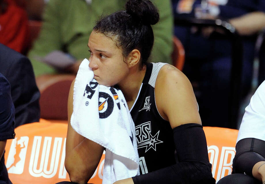 San Antonio Stars's Kayla McBride (21) reacts during her team's 82-51 loss the Connecticut Sun in a WNBA basketball game in Uncasville, Conn., on Tuesday, Aug. 4, 2015. Photo: Fred Beckham /Associated Press / FR153656 AP