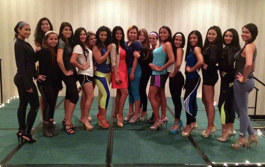 MTSIR's Maya Fasthoff (center, wearing dress) has been training contestants in the annual Miss Colombian Independence pageant (Concurso Seé±orita Independencia de Colombia).